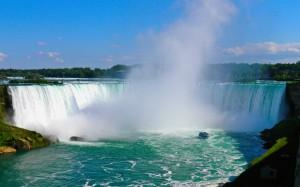 Niagara-Falls-Boat-Ontario-Canada-Wallpaper