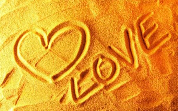 love_sand-wide