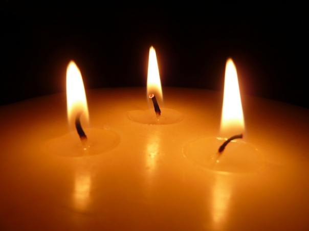blessed-diwali-trinity-flame
